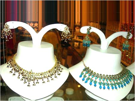 MULTICOLOUR DOUBLE JEWELLERY SET