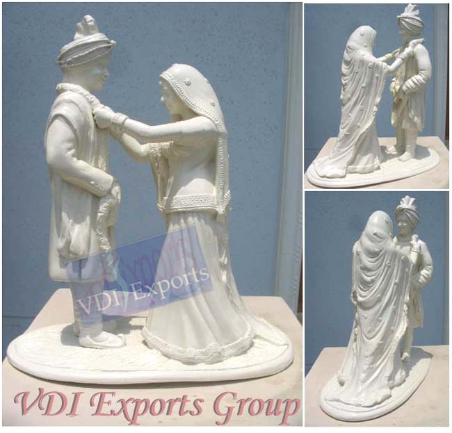 CENTER TABLE VIVAH DECORATION FIBER STATUE
