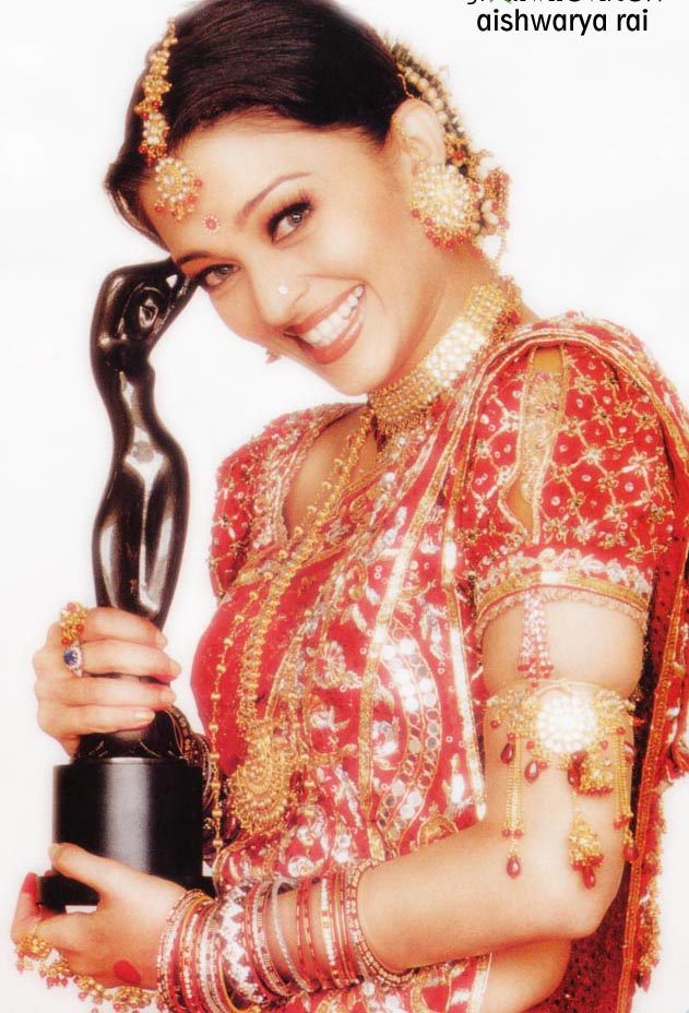 BOLLYWOOD AISHWARYA RAI  FILMFARE AWARD JEWELRY